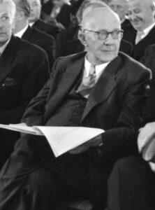 Dr. Rudolf Amelunxen vom Zentrum war erster Ministerpräsident von NRW